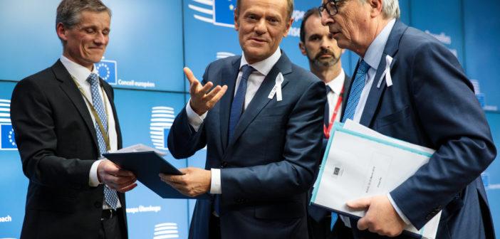 """Τουσκ-Γιούνκερ: """"Η Σύνοδος ΕΕ-Τουρκίας στη Βάρνα δεν θα είναι εύκολη"""""""