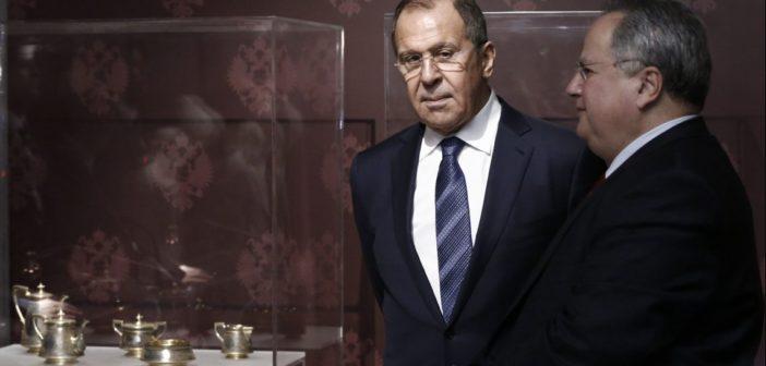 """Ματαιώνεται η επίσκεψη Λαβρόφ στην Αθήνα: """"Η στιγμή δεν είναι πλέον κατάλληλη""""- Απάντηση ΥΠΕΞ: Είναι καλοδεχούμενος"""