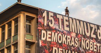 DW: Η Τουρκία, δύο χρόνια από την απόπειρα πραξικοπήματος