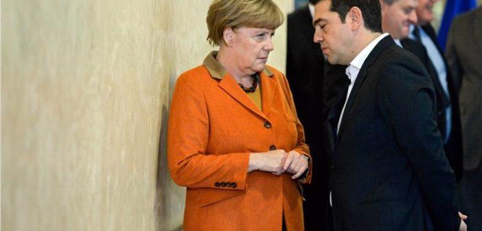 """Μέρκελ: Δεν υπήρξε σύνδεση της μη μείωσης του ΦΠΑ στα νησιά με το προσφυγικό- """"Καλός συμβιβασμός"""" η συμφωνία για το χρέος"""