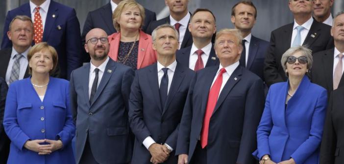 Euractiv: Φθάνει το τέλος του ΝΑΤΟ;