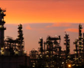 Κρίση στον Περσικό: Στα ύψη οι τιμές του πετρελαίου- Τουλάχιστον 15% η αύξηση στην Ελλάδα
