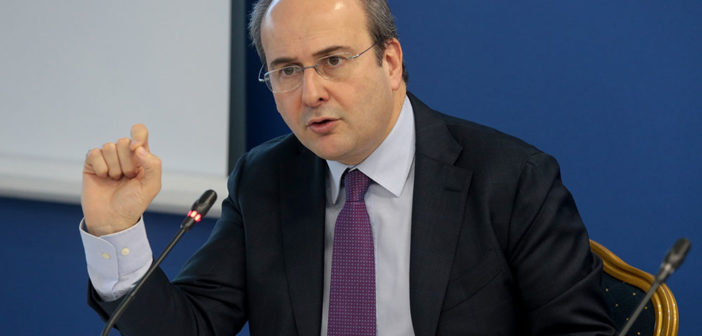 Κ. Χατζηδάκης στο Reuters: Μερική ιδιωτικοποίηση του δικτύου διανομής της ΔΕΗ- Πώληση του 50,1% της ΔΕΠΑ- Νέα συμφωνία με Eldorado Gold