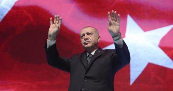 Ο Ερντογάν δηλώνει τώρα έτοιμος για έναρξη διαλόγου με την Ελλάδα