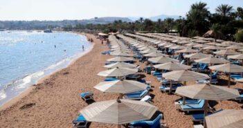 Bloomberg: Xτύπημα για τον τουρισμό από τη Μεγάλη Βρετανία – Εκτός πράσινης λίστας η Ελλάδα