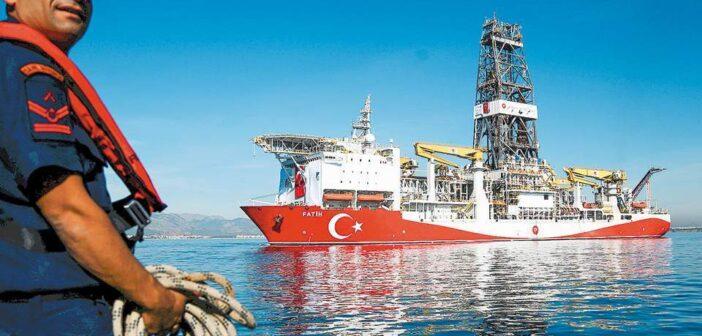 """Αποστολή του """"Φατίχ"""" νοτίως της Κρήτης ετοιμάζει η Άγκυρα- Ανοίγει νέα μέτωπα ο Ερντογάν"""