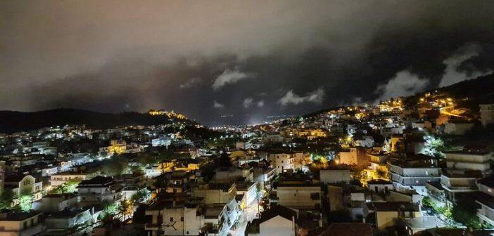 Ιανός: Δύσκολη νύχτα στην Κρήτη – Πλημμύρισε το κέντρο του Ηρακλείου