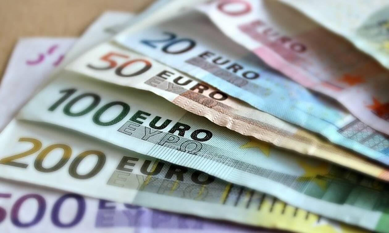"""""""Κουπόνια"""" για την εξόφληση φόρων: Η προθεσμία και πότε αρχίζουν οι πληρωμές"""