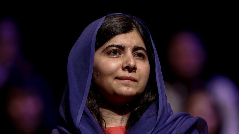 Η Πακιστανή μαθήτρια Μαλάλα Γιουσαφζάι πυροβολήθηκε από ένοπλους Ταλιμπάν τον Οκτώβριο του 2012