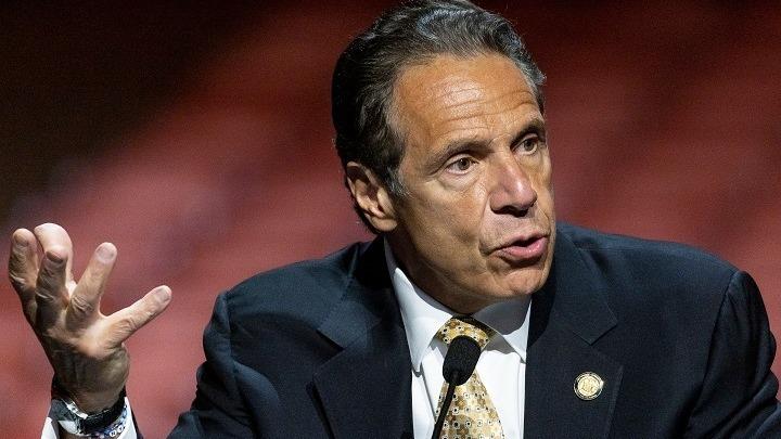 Ο κυβερνήτης της Νέας Υόρκης Άντριου Κουόμο «παρενόχλησε σεξουαλικά» πολλές γυναίκες