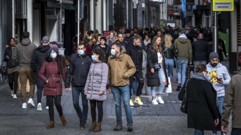 Ολλανδία: Σοκαριστική αύξηση κρουσμάτων του κοροναϊού