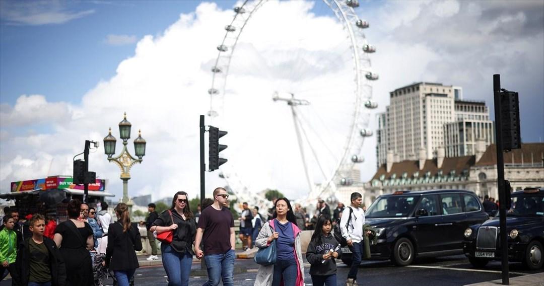Βρετανία: Σε εγρήγορση για την αύξηση κρουσμάτων -«Μπορεί να φτάσουμε και τα 100.000 την ημέρα»