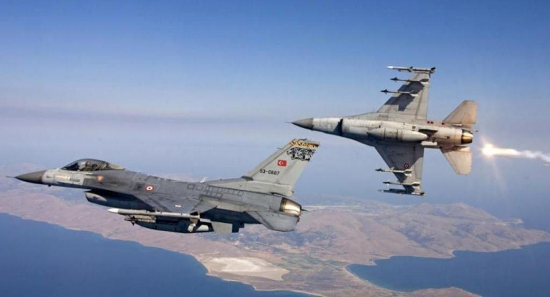Τουρκικές προκλήσεις στο Αιγαίο: F-16 πάνω από Οινούσσες, Λειψούς και Φαρμακονήσι