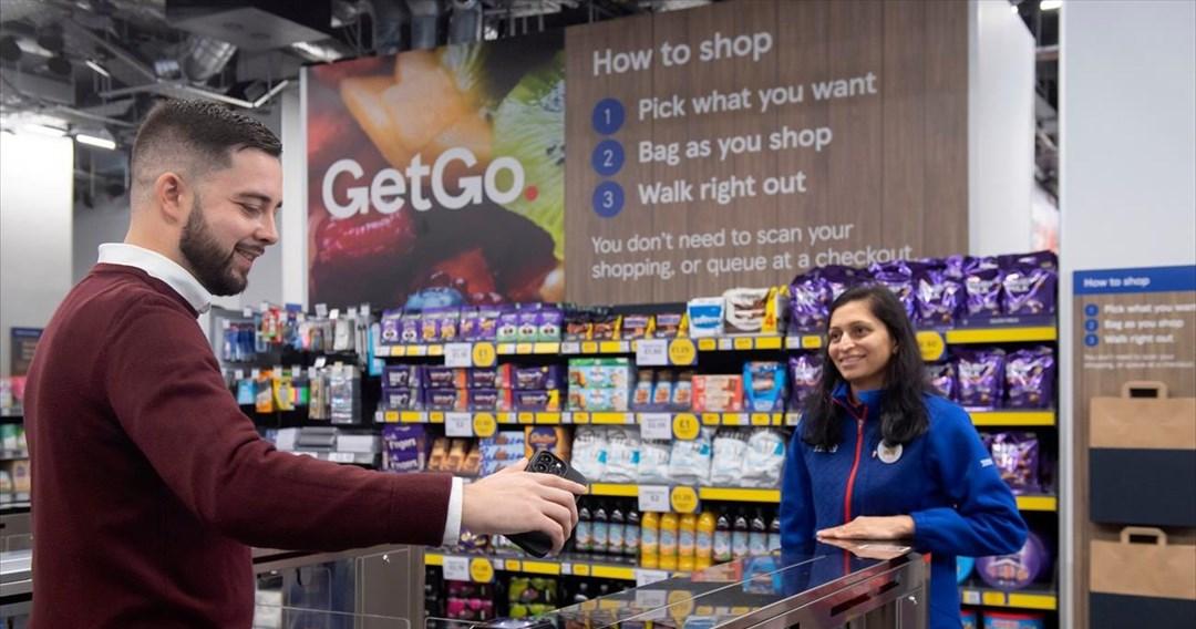 Χωρίς ταμεία και σάρωση: Πώς λειτουργεί το νέο «πειραματικό» κατάστημα της Tesco
